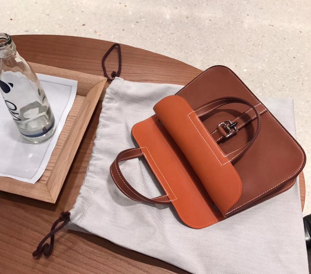 全球最好的皮革供应商都会将第一轮的皮革优先选择权给爱马仕,然后才会轮到其他的品牌