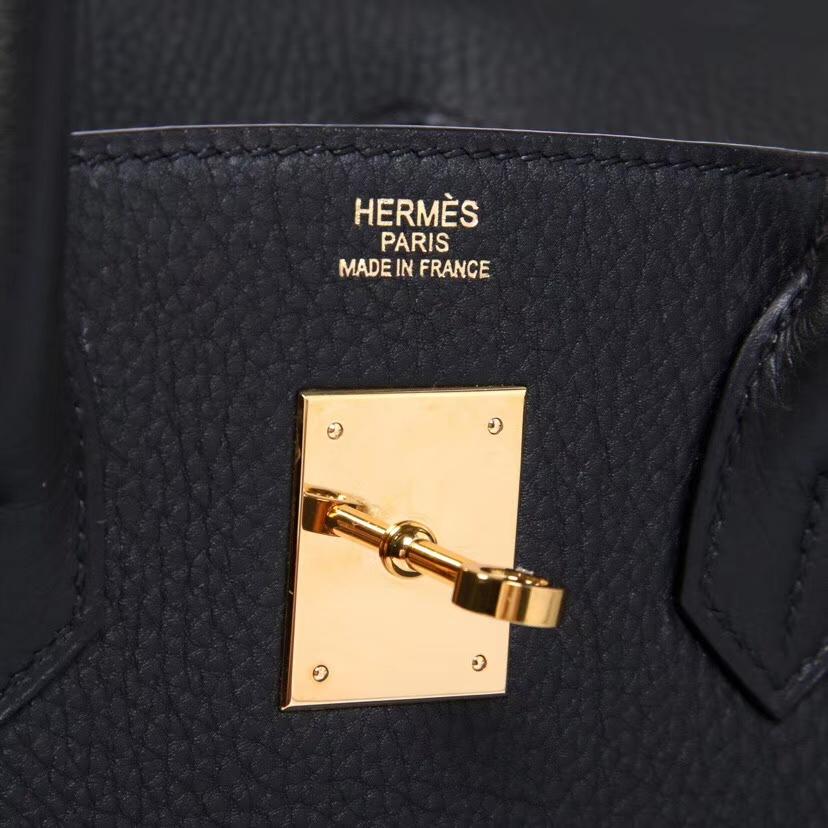 Hermes爱马仕 在光明里,我渴望黑夜,不愿闭上眼,怎能忘,那黑夜中闪耀的黑金
