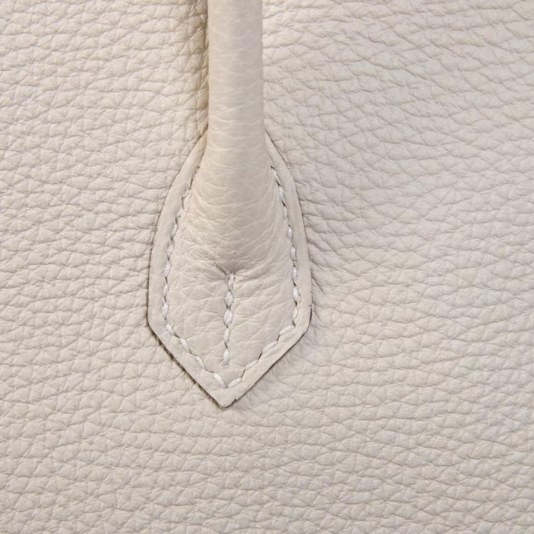 Hermès(爱马仕)Birkin 28 奶白色 Togo 金扣