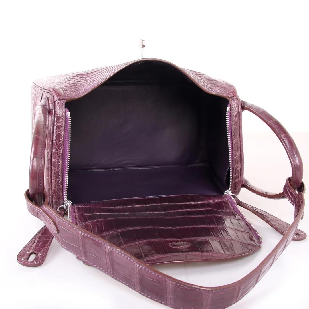 Hermès(爱马仕)Lindy 水晶紫 亚光鳄鱼 银扣 30cm