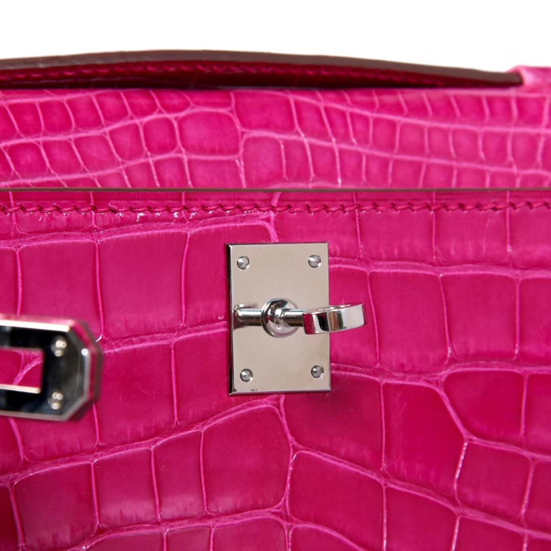 Hermès(爱马仕)Kelly 玫红色 togo 金扣 28cm