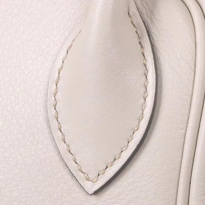 Hermès(爱马仕)Lindy 奶昔白 原厂御用顶级TC 皮 30 金扣 现货
