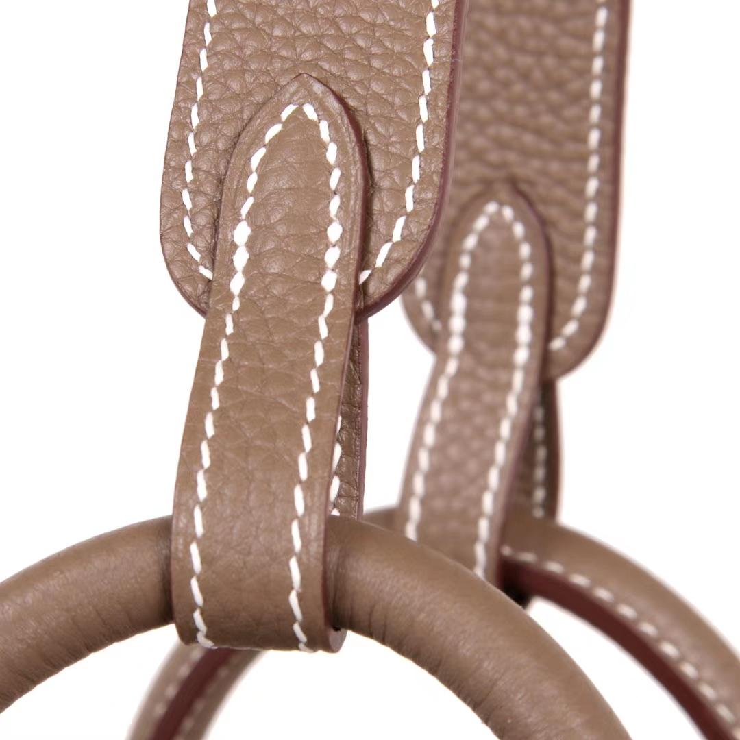 Hermès(爱马仕)Lindy 30CM 大象灰  金扣  Togo 现货