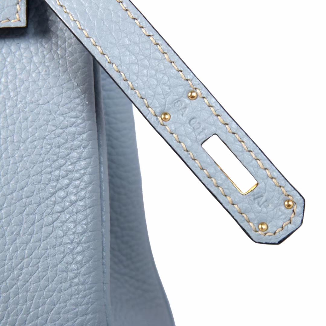 Hermès(爱马仕)kelly凯莉包 亚麻蓝 Togo 金扣 28cm 现货