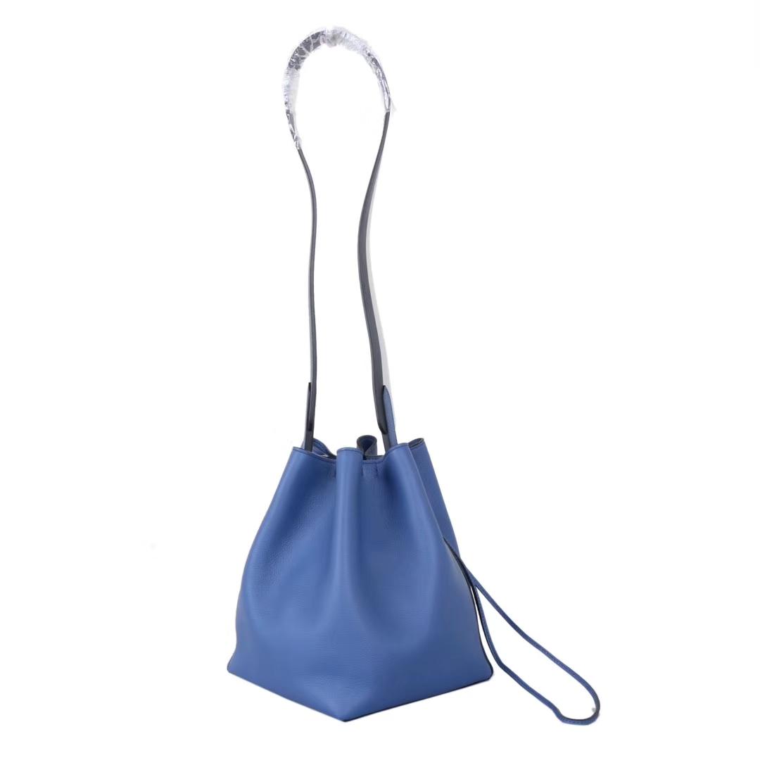 Hermès(爱马仕)2019 licol 新款水桶包 R2玛瑙蓝 evercolor皮 17cm