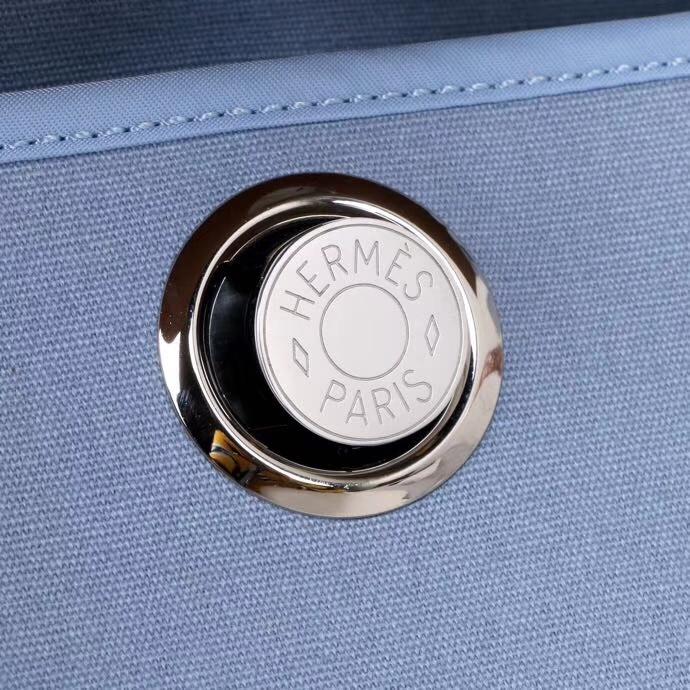 Hermès(爱马仕)驼色马鞍皮拼马卡龙蓝帆布 Herbag 31 现货