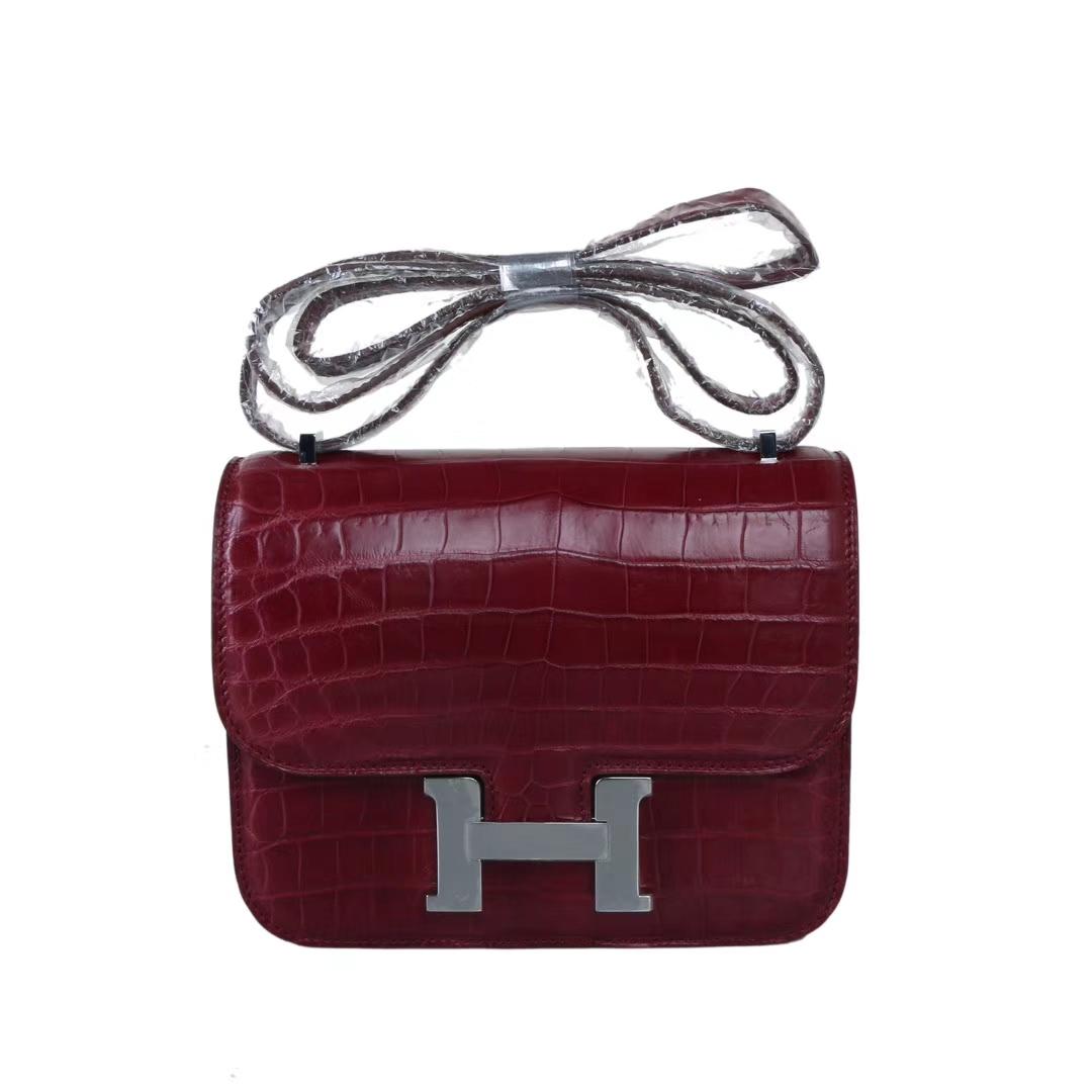 Hermès(爱马仕)Constance 空姐包 酒红 哑光鳄鱼 银扣 19cm