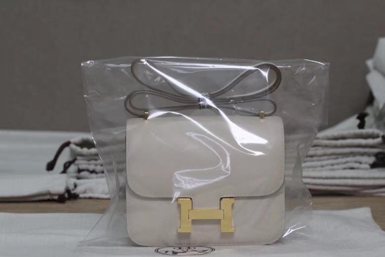 Hermès(爱马仕)constance空姐包 奶昔白 原厂epsom皮 金扣 19cm