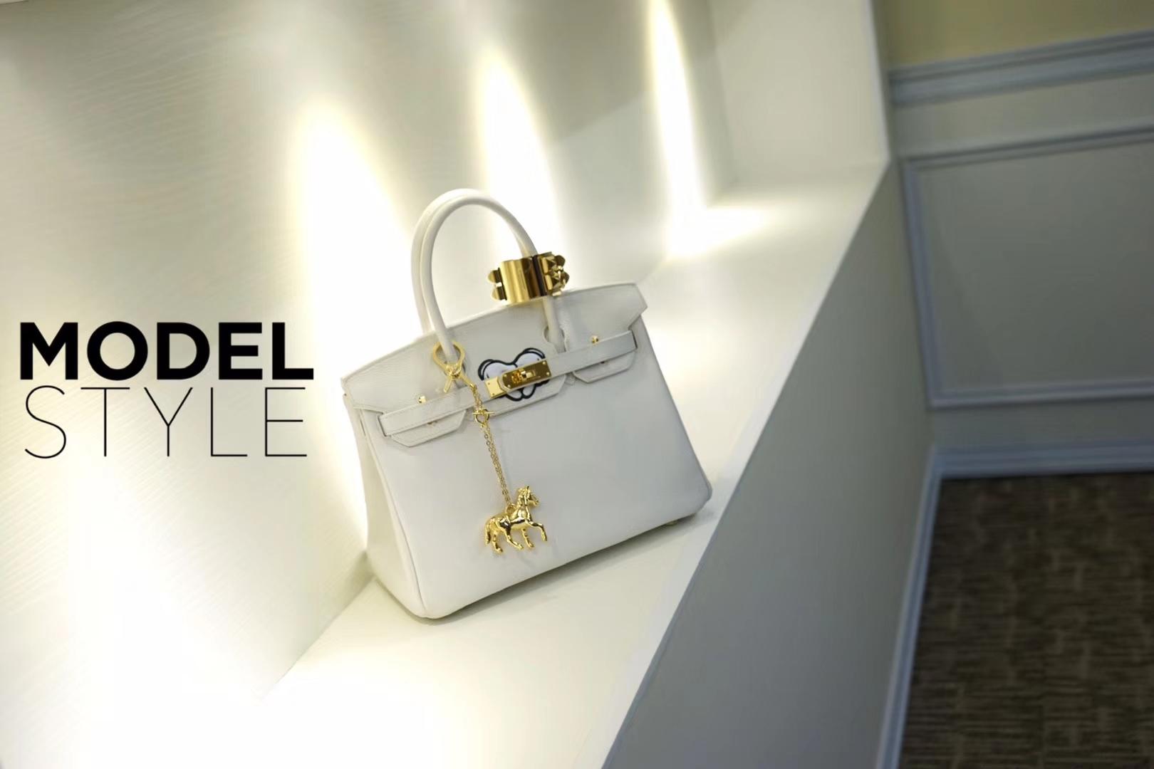 Hermès(爱马仕)birkin铂金包 纯白 Togo 金扣 30cm