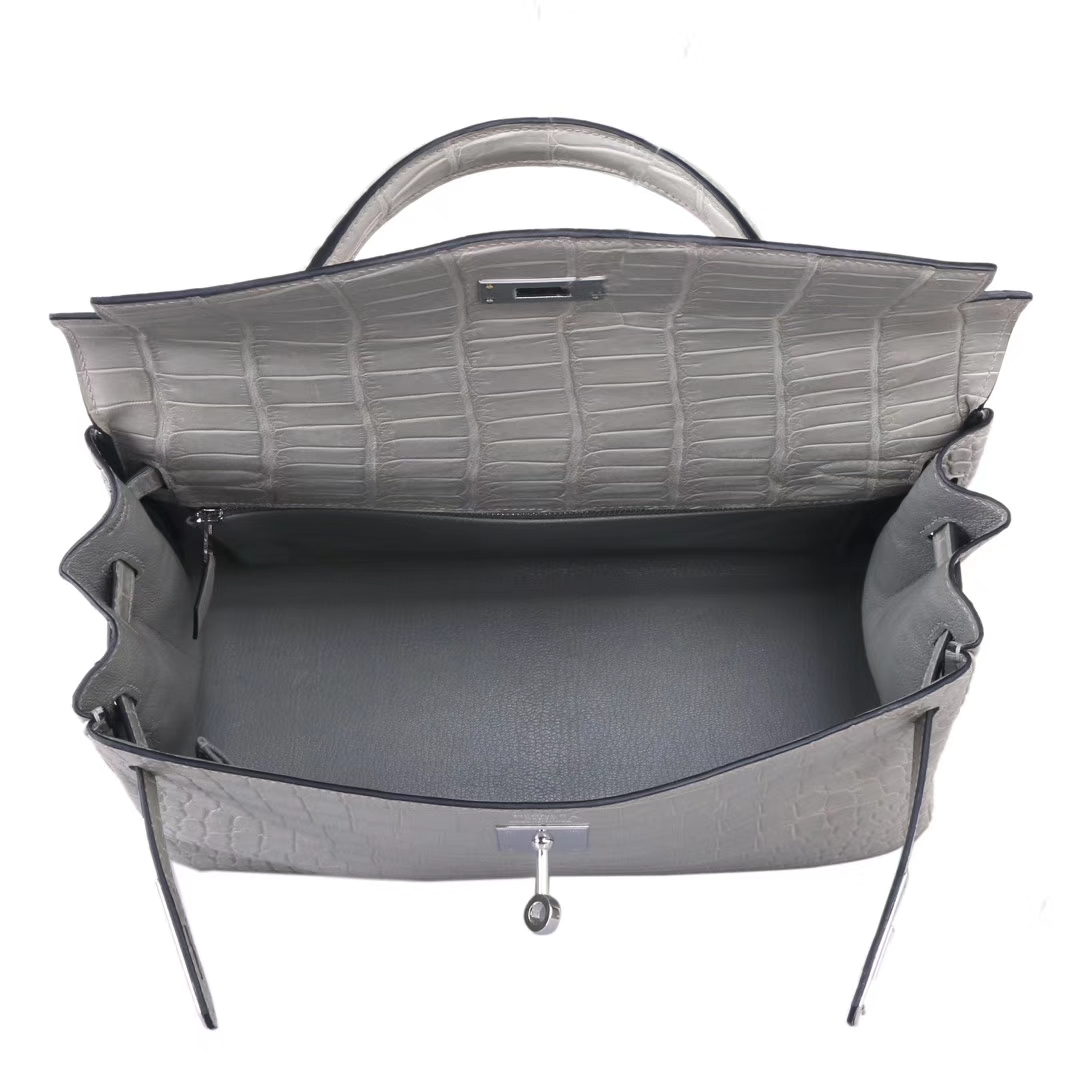 Hermès(爱马仕)Kelly凯莉包 巴黎灰 哑光鳄鱼 银扣 28cm