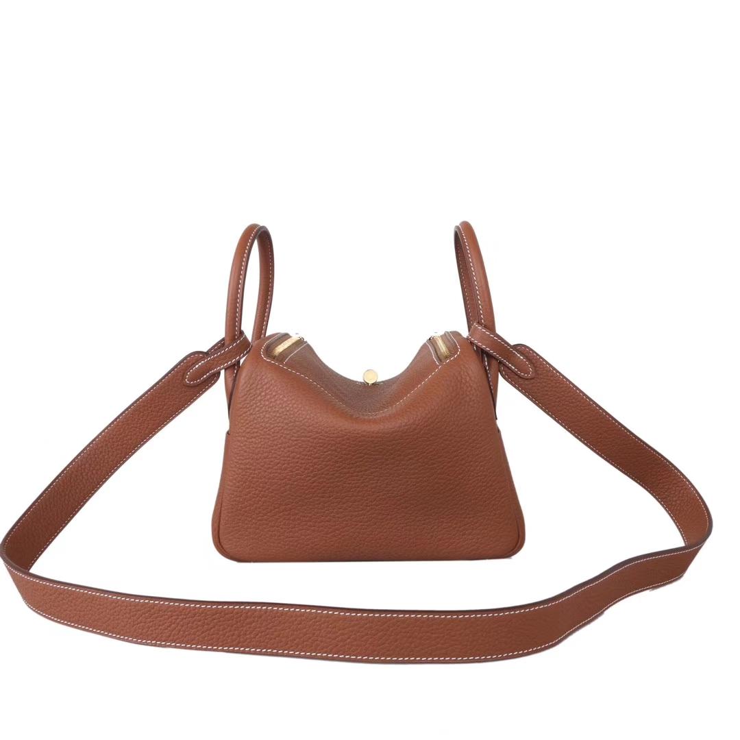 Hermès(爱马仕)mini lindy迷你琳迪包 驼色  taurillon clemence 金扣 20cm