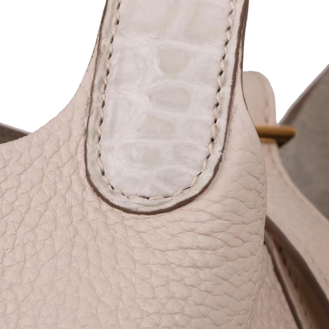Hermès(爱马仕)Picotin菜篮包 奶油白拼同色哑光鳄鱼 金扣 18cm