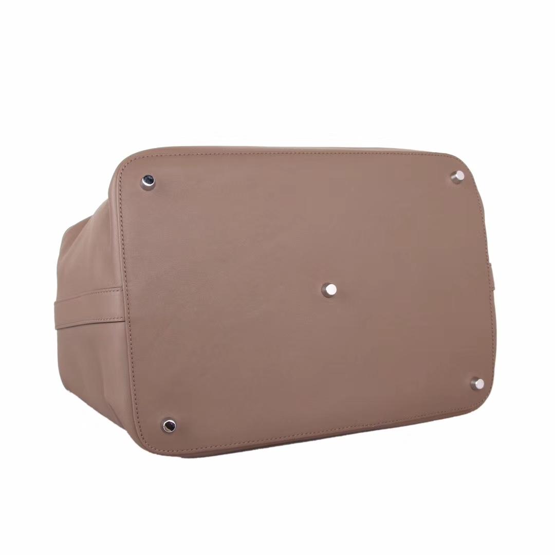 Hermès(爱马仕)Toolbox牛奶盒 大象灰 原厂御用swift皮 银扣 26cm
