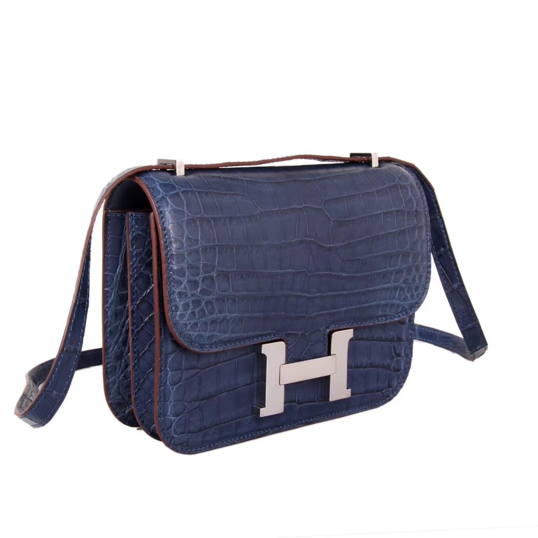 Hermès(爱马仕)Constance空姐包 宝石蓝 尼罗鳄 哑光 金扣 19cm