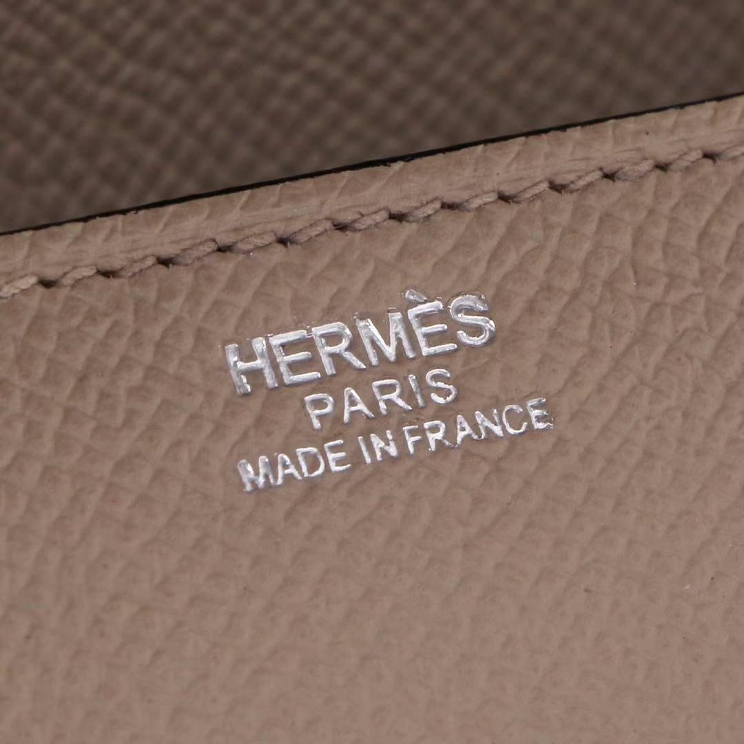 Hermès(爱马仕)Cherche-MIDI挎包 斑鸠灰 原版epsom皮 银扣 18CM