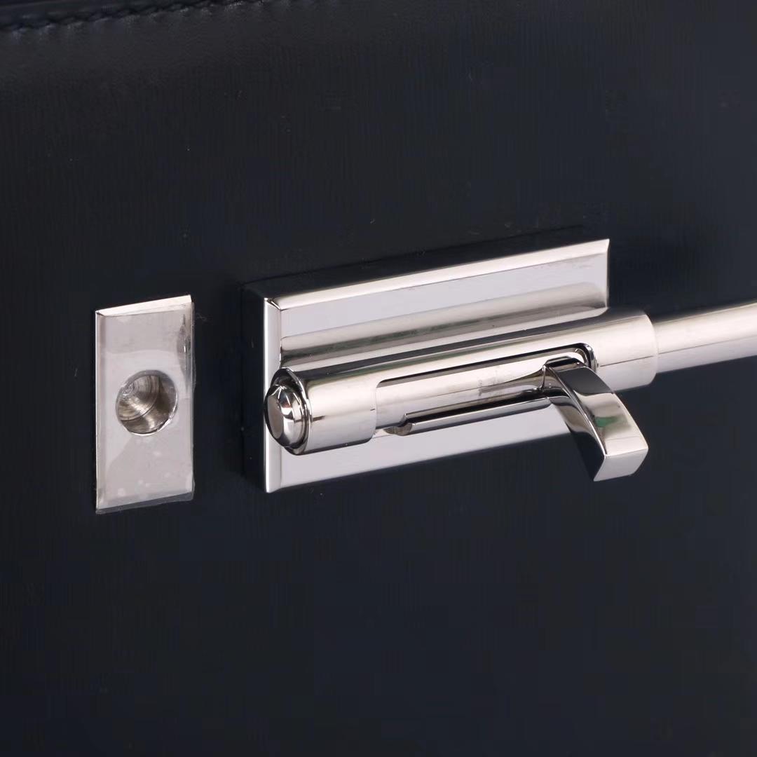 Hermès(爱马仕)Verrou锁链插销包 黑色 Box皮 银扣 19cm