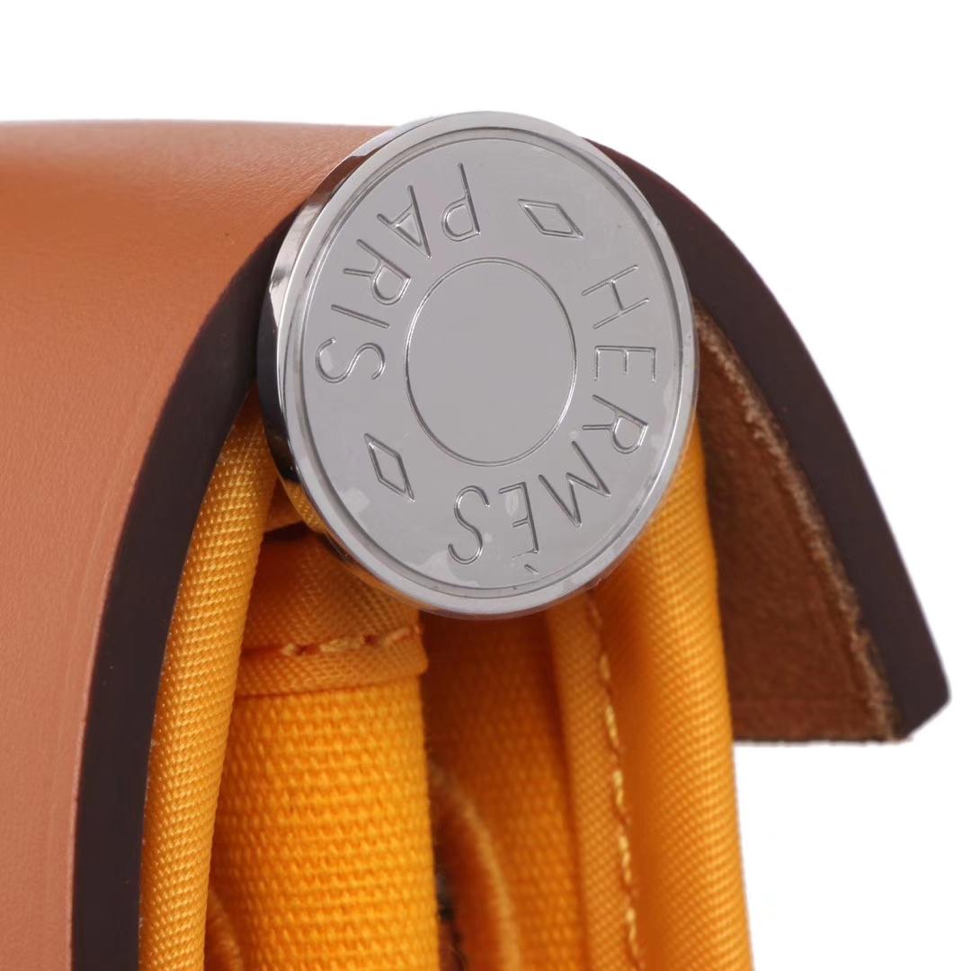 Hermès(爱马仕)herbag马鞍包 驼色马鞍皮拼琥珀黄帆布 31cm