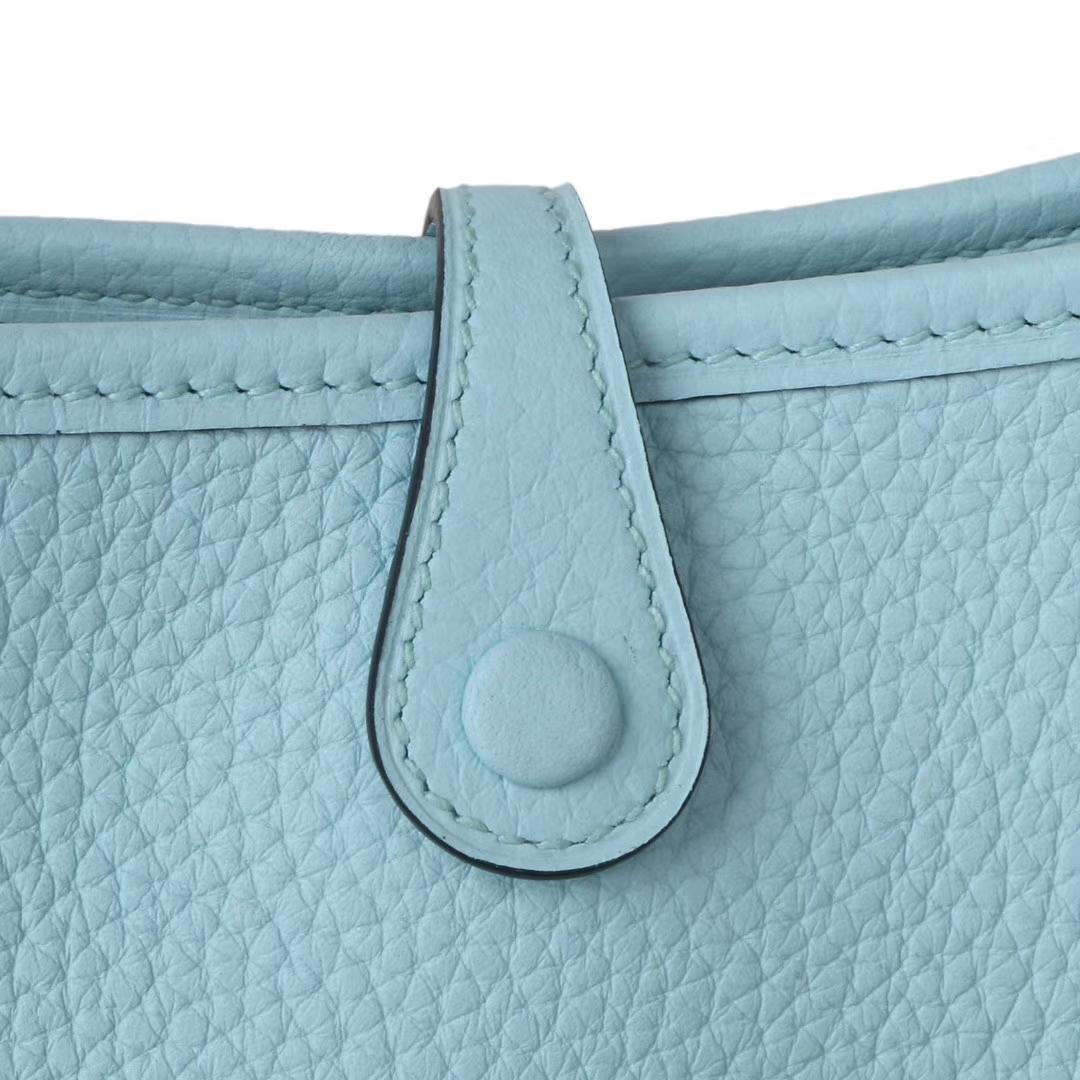 Hermès(爱马仕)Mini Evelyne 马卡龙蓝 togo 17cm