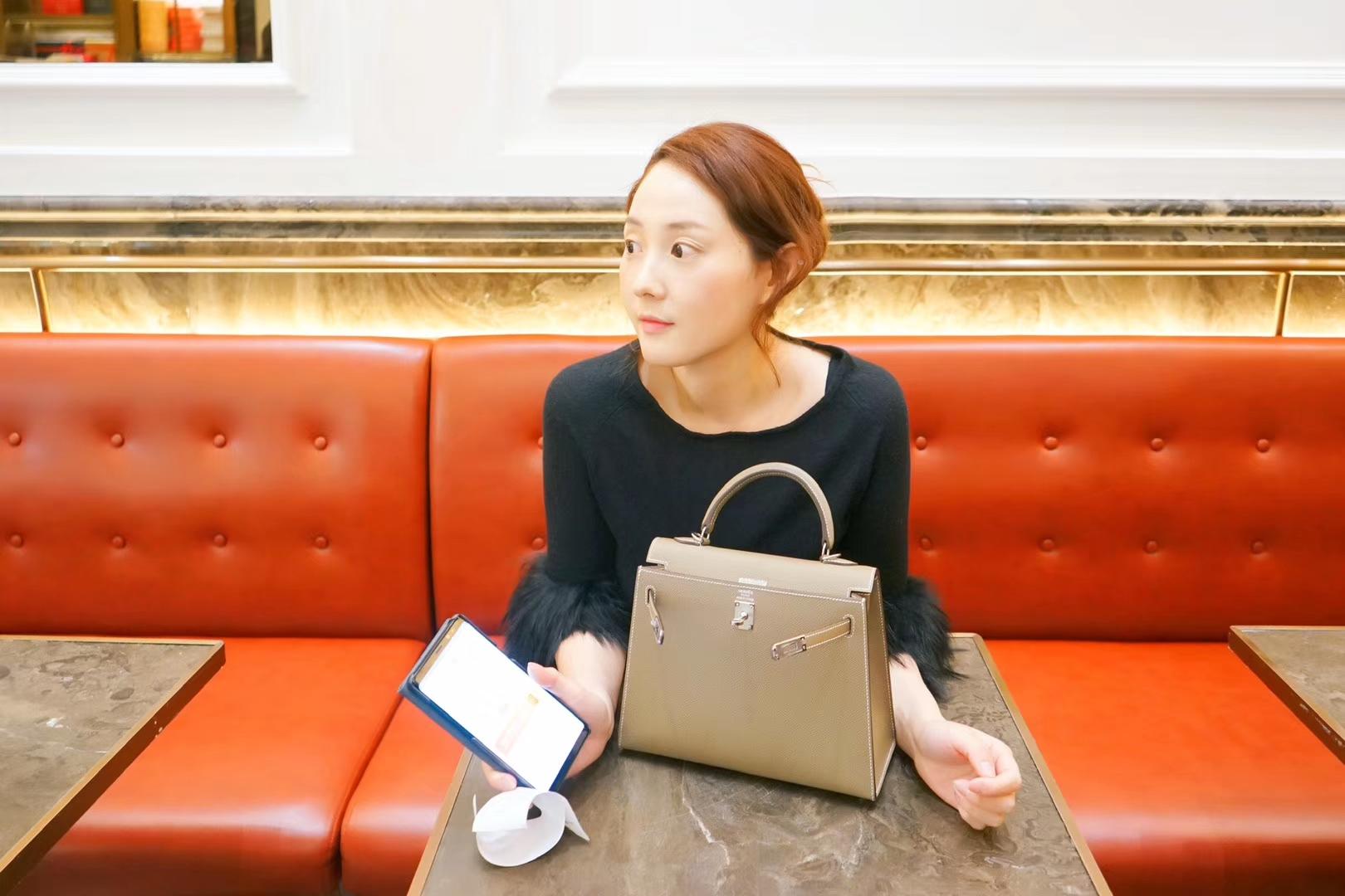 Hermès(爱马仕)kelly 凯莉包 大象灰 原厂Epsom皮 银扣 25cm