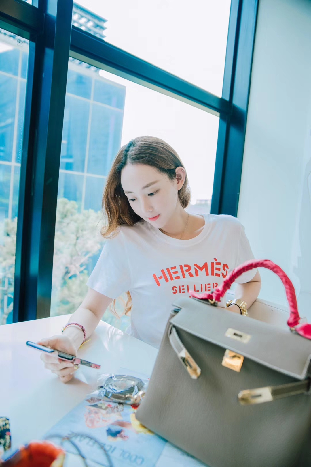 Hermès(爱马仕)kelly 凯莉包 大象灰 Togo 金扣 28cm