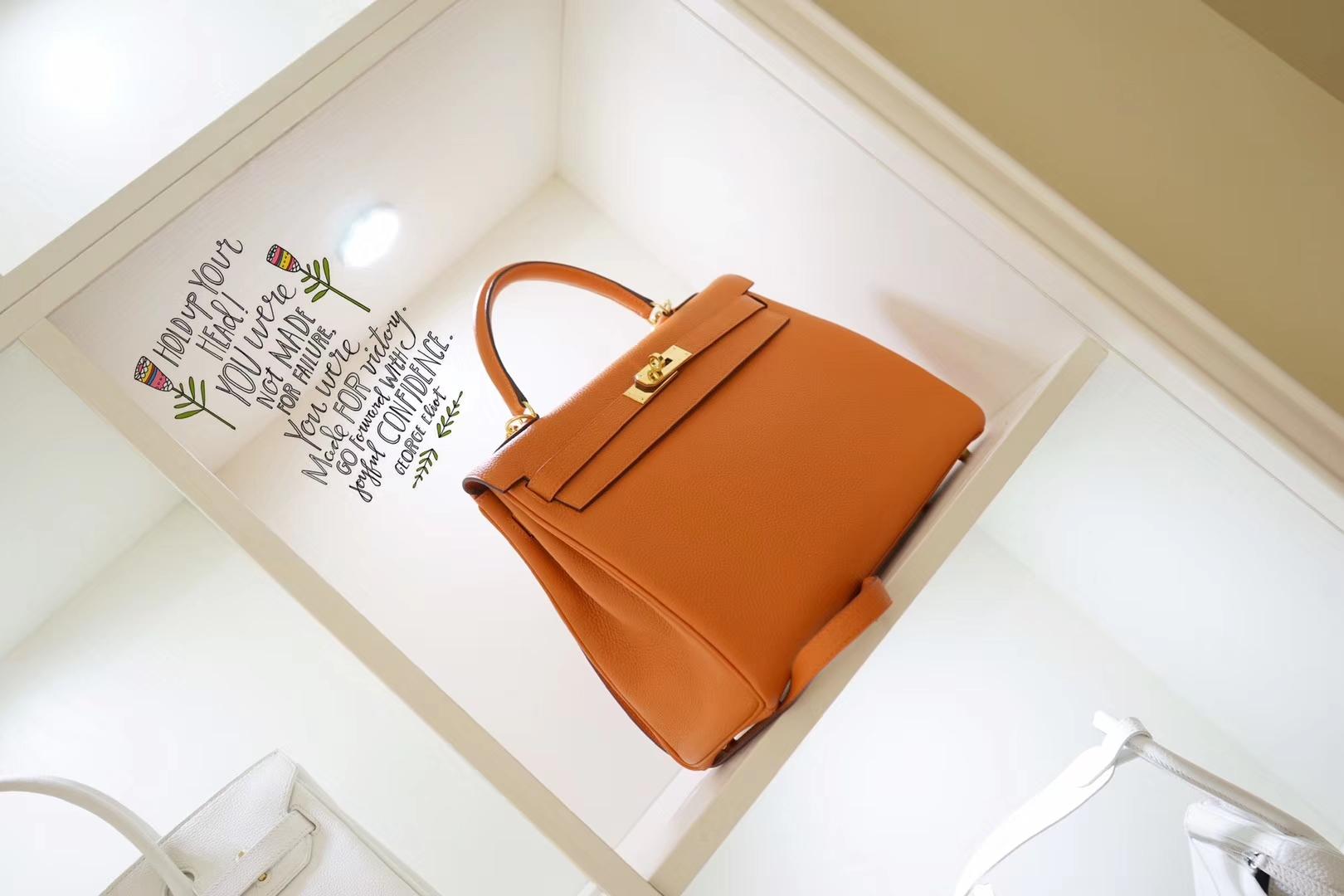 Hermès(爱马仕)kelly 凯莉包 橙色 原厂Epsom皮 银扣 28cm