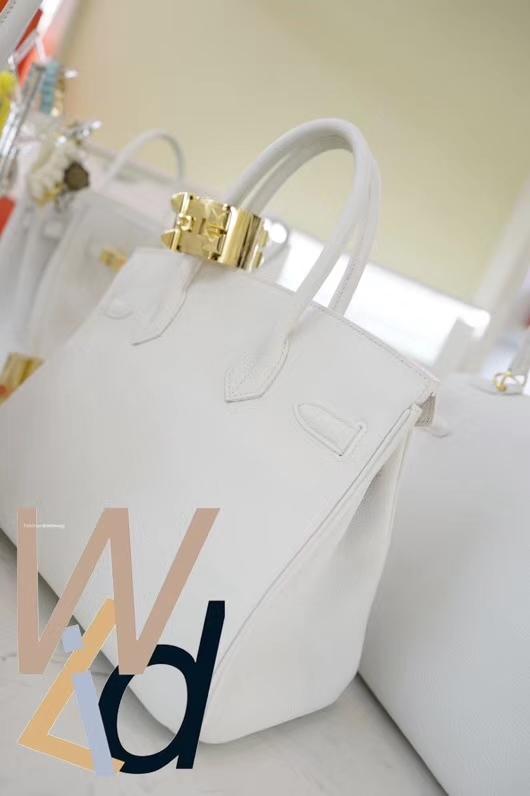 Hermès(爱马仕)Birkin 铂金包 纯白色 togo 金扣 30cm