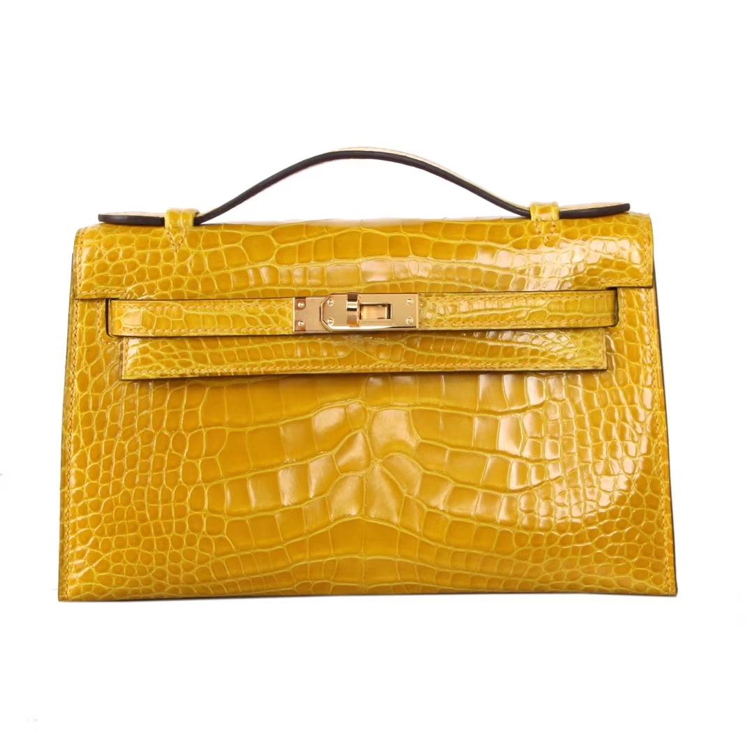 Hermès(爱马仕)mini kelly 迷你凯莉 琥珀黄  亮面鳄鱼 金扣 22cm 一代