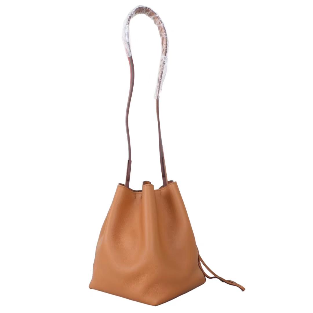 Hermès(爱马仕)licol 2019新款水桶包 金棕色 evercolor 17cm