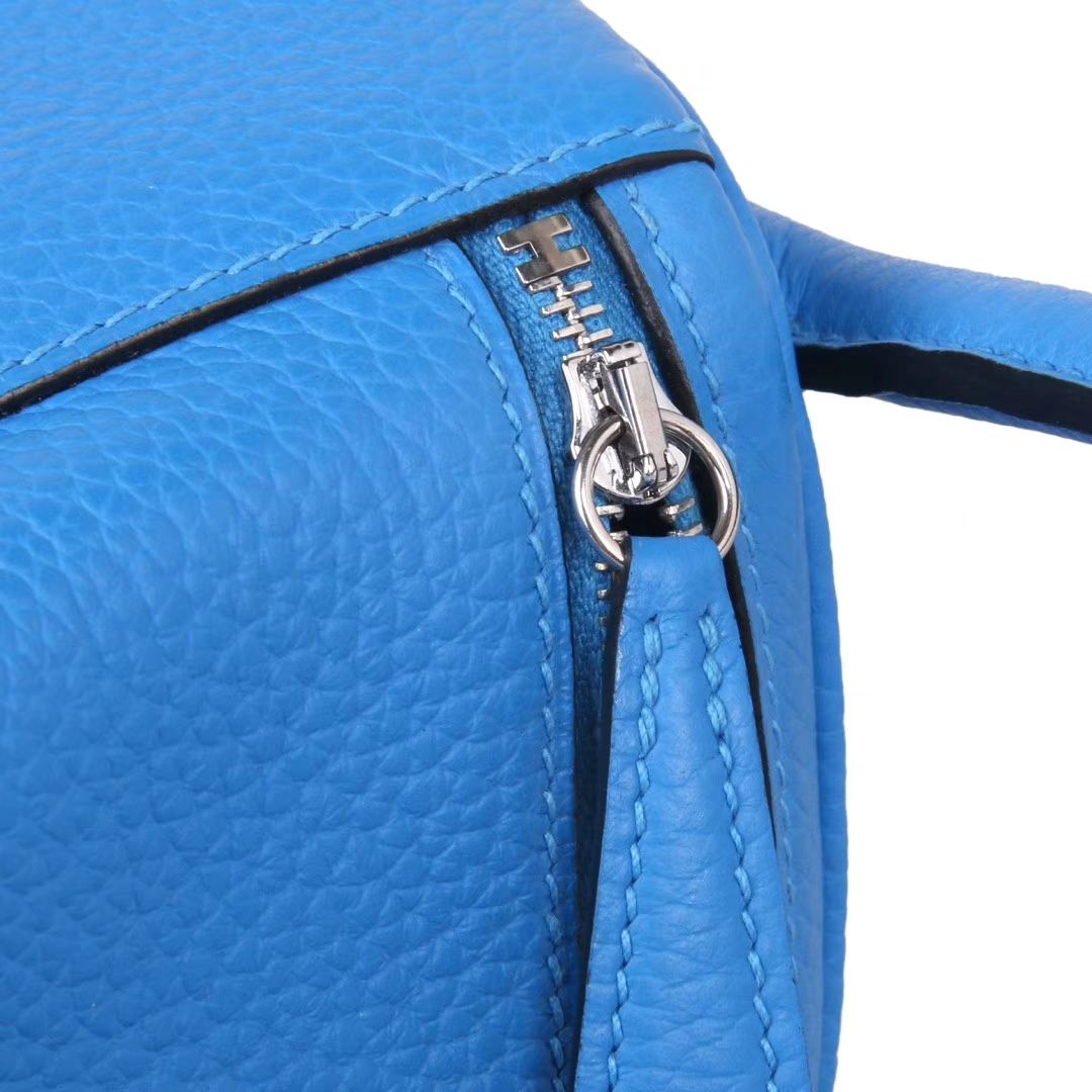 Hermès(爱马仕)lindy 琳迪包 天空蓝 Togo 银扣 30cm