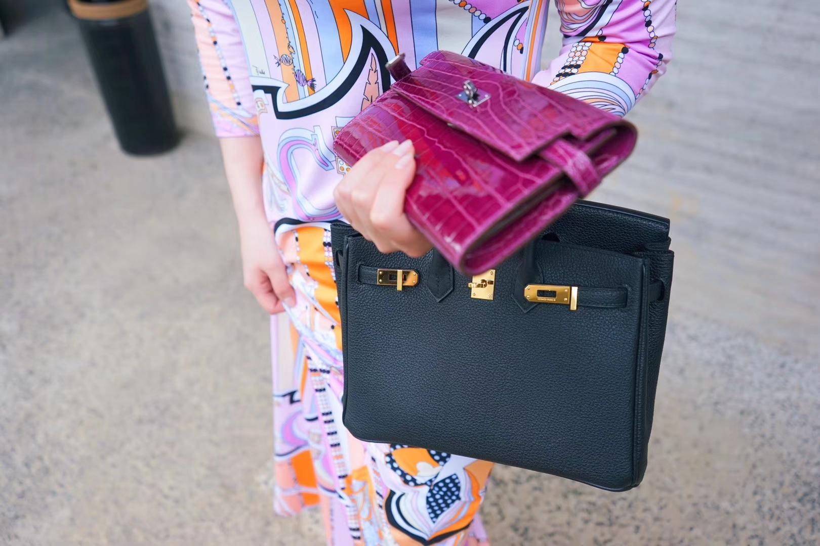 Hermès(爱马仕)Birkin 铂金包 经典黑 togo 金扣 25cm