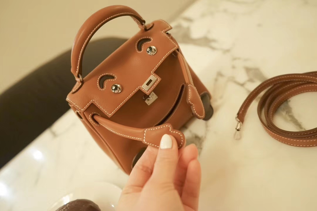 Hermès(爱马仕)Kellydoll 娃娃包 驼色 原厂御用swift皮 银扣 18cm