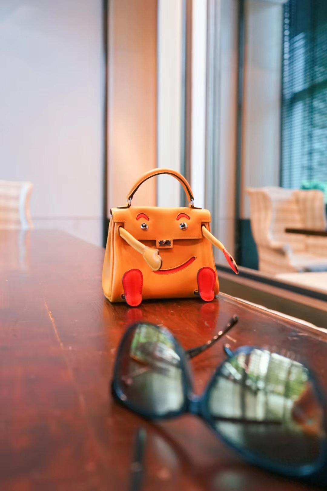 Hermès(爱马仕)Kellydoll 娃娃包 橙色 银扣 18cm