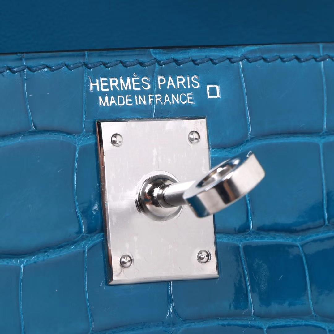 Hermès(爱马仕)Minikelly 二代 银扣 伊兹密尔蓝 亮面鳄鱼