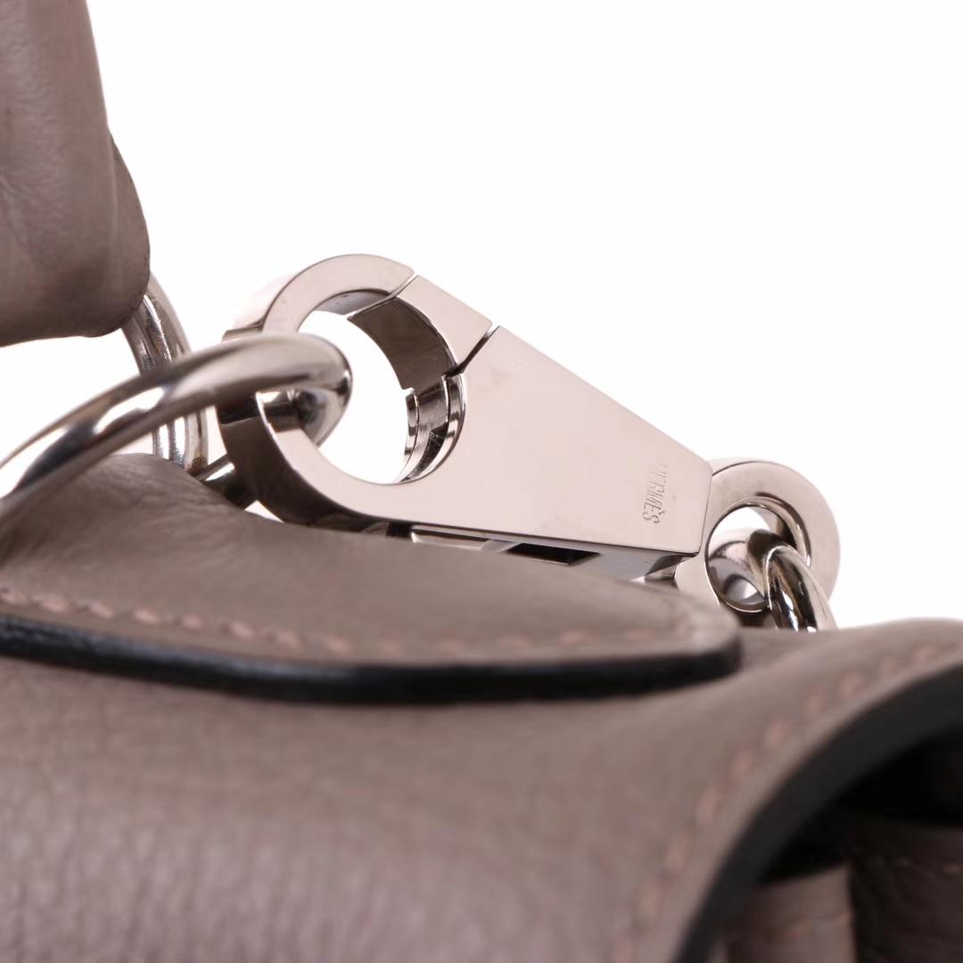 Hermès(爱马仕)Kelly 凯莉包 大象灰 TOGO 银扣 28cm