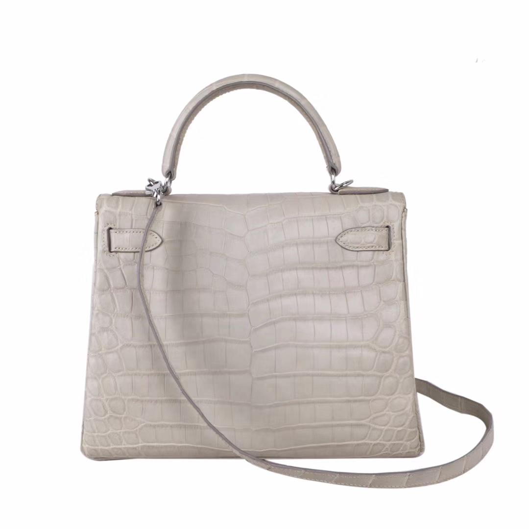 Hermès(爱马仕)Kelly 凯莉包 奶油白 雾面鳄鱼 银扣 28cm