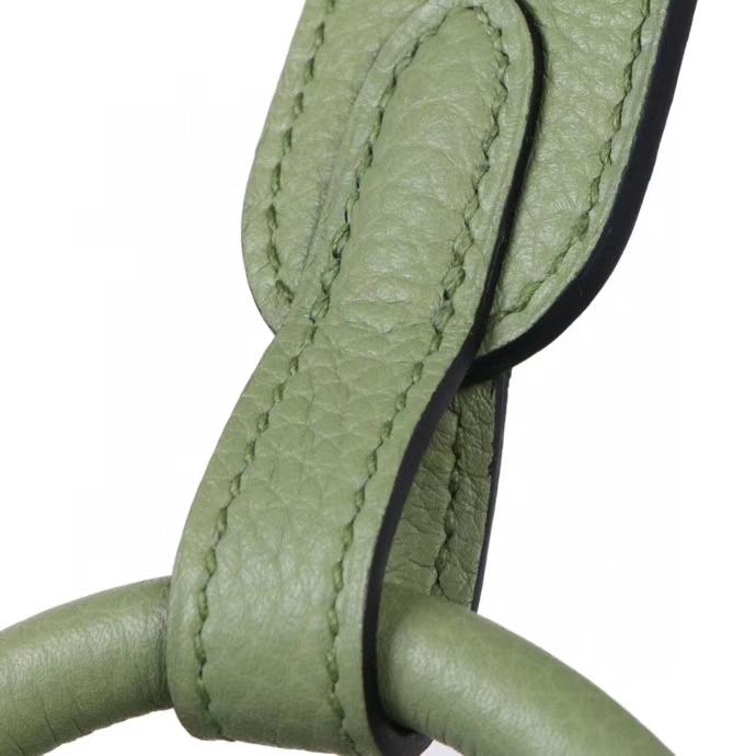 Hermès(爱马仕)lindy 琳迪包 3I牛油果绿 togo 银扣 30cm