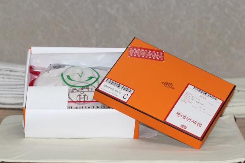 Hermès(爱马仕)miniKelly 二代 奶昔粉 山羊皮