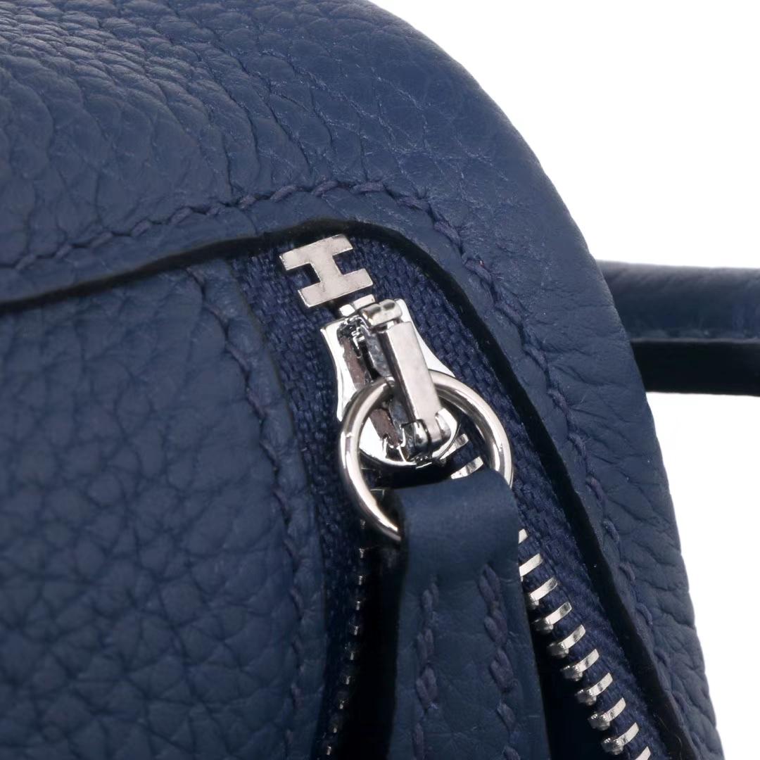 Hermès(爱马仕)mini lindy20  银扣 午夜蓝  Togo
