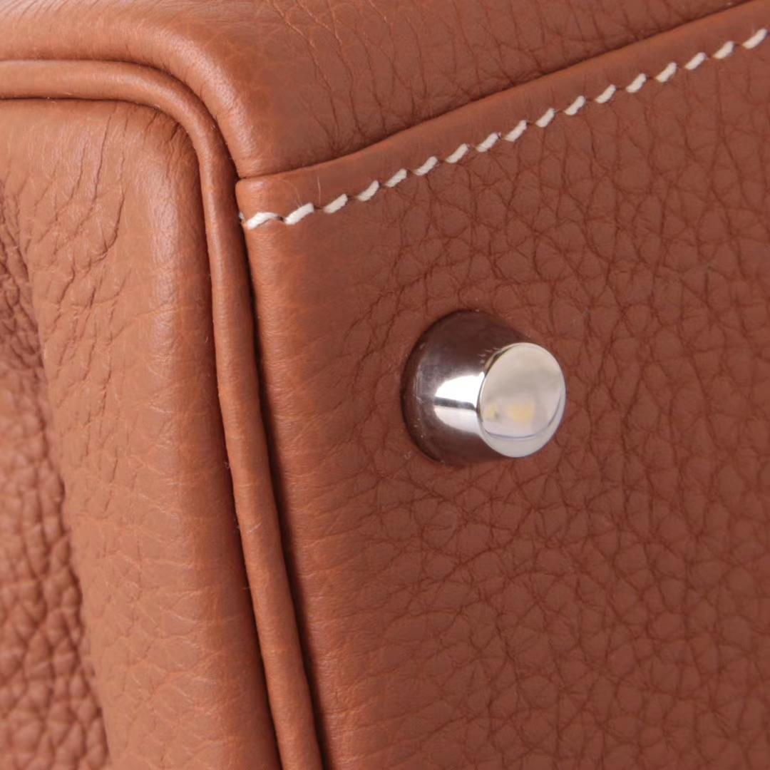 Hermès(爱马仕)Kelly凯莉包 金棕色 togo 银扣 28cm